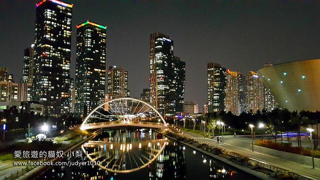 仁川松島中央公園\夜景美炸了!仁川松島燈光節、G Tower、Tri-bowl…等,媲美釜山The bay101,韓劇《鬼怪》《藍色大海的傳說》的拍攝場景之一!