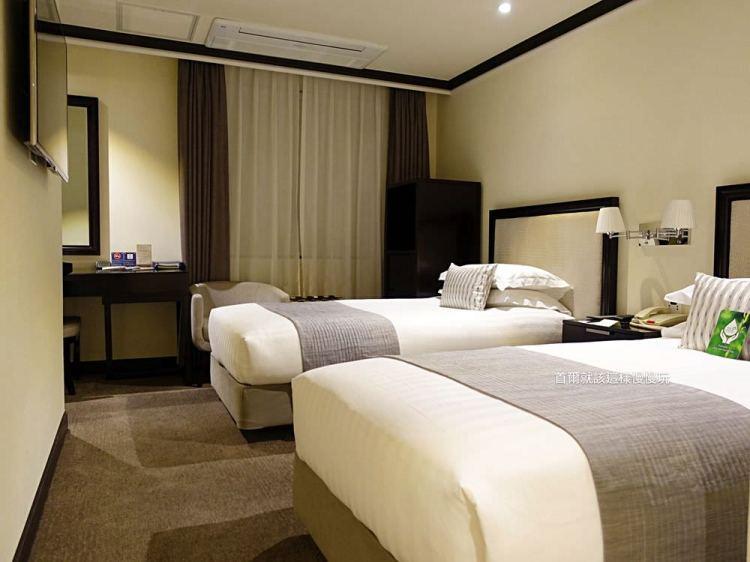 【明洞住宿】明洞大飯店The Grand Hotel Myeongdong~位於明洞商圈內,地理位置絕佳!想逛街?樓下就是啦!