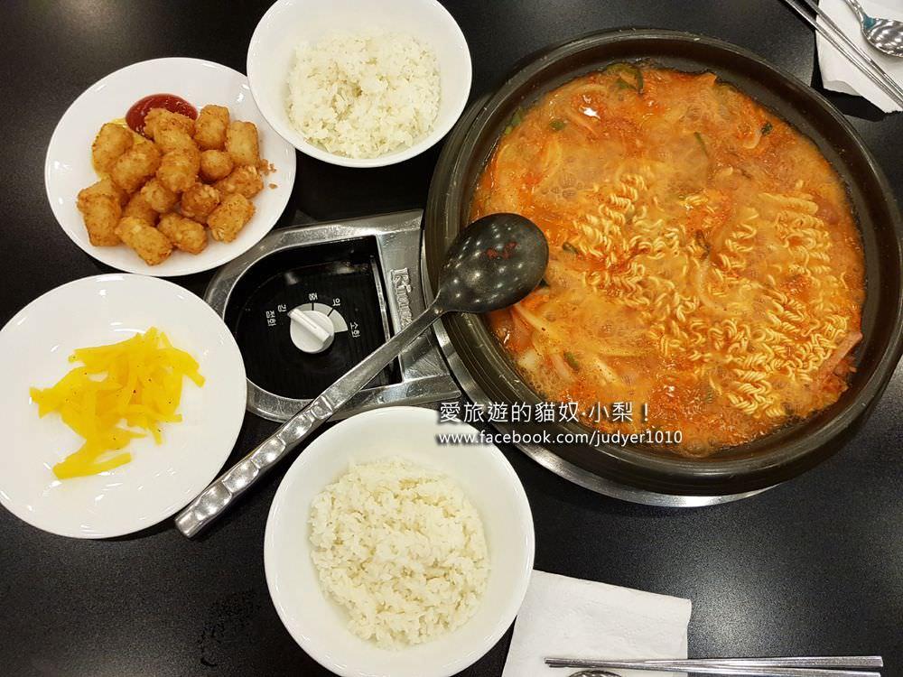 【弘大美食】BIYA部隊鍋,便宜、一個人餐廳,弘大學生最愛!