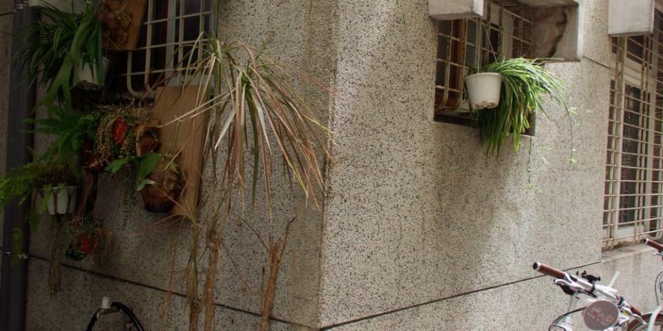 【台南美食】PARIPARIパリパリ 鳥飛古物、咖啡、民宿懷舊複合式商店