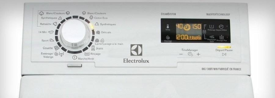 Vrchem plněná pračka Electrolux