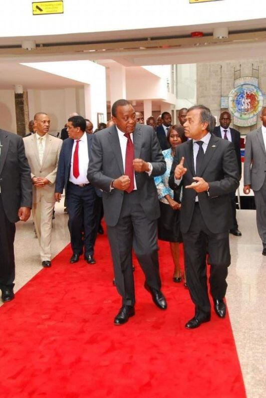 President Kenyatta of Kenya and Siddharth Chatterjee in Nairobi, Kenya