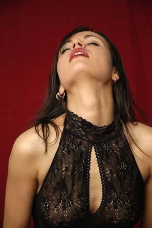 Orgasmul este rezervat  femeilor sexy