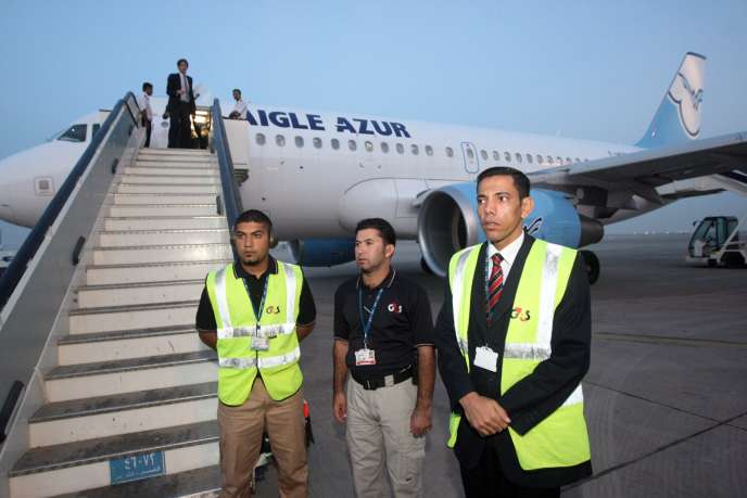 Sunday, October 31, 2010, a plane of the French company Aigle Azur at the international airport of Baghdad.