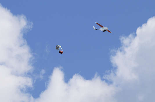 Deliveries of blood products by Zipline International are carried out by dropping the cargo at the end of a specially designed parachute