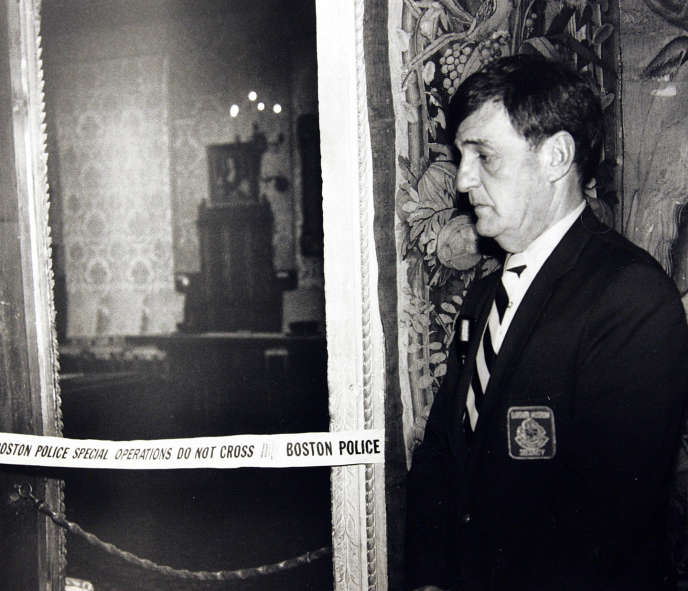 In March 1990, a guard was posted in the Dutch Room of the museum, where several master paintings were stolen.