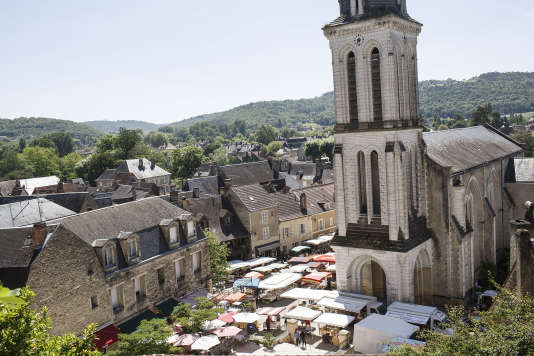 « La France rurale ne doit pas être ramenée à un espace nécessairement en perte de vitesse démographique. Les ruralités, dans toute leur diversité géographique, sociale et culturelle, représentent 85 % de la superficie nationale et 27 millions de Français» (Montignac, le 24 mai).