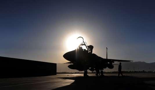 Dimanche, un avion de chasse américain avait abattu un appareil de l'armée syrienne dans la région de Rakka dans le nord de la Syrie.
