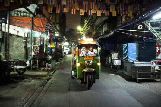«Bangkok Nites», de Katsuya Tomita.