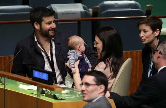 Jacinda Ardern à l'union avec son bébé, Neve, et son compagnon, le 24 septembre 2018.