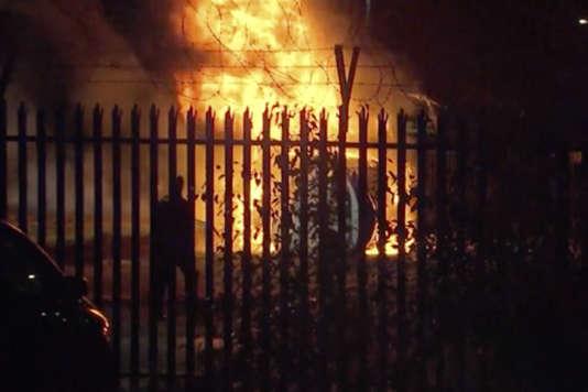 """Résultat de recherche d'images pour """"L'hélicoptère du président du club de Leicester s'écrase aux abords du stade"""""""