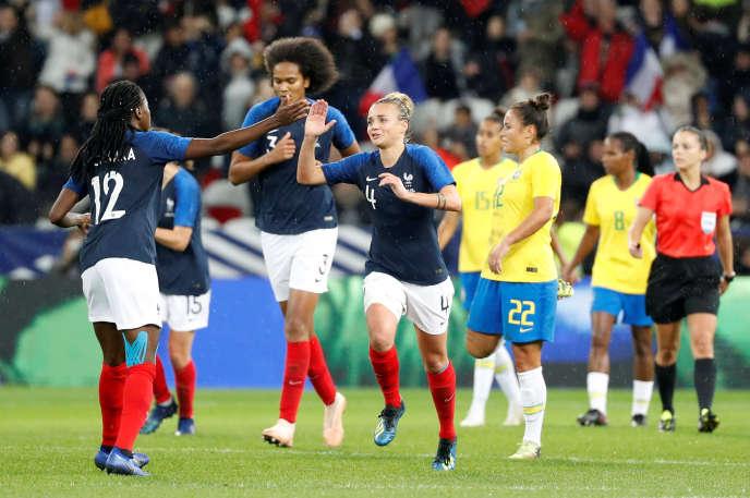 Les Bleues face au Brésil, 10 November in Nice.