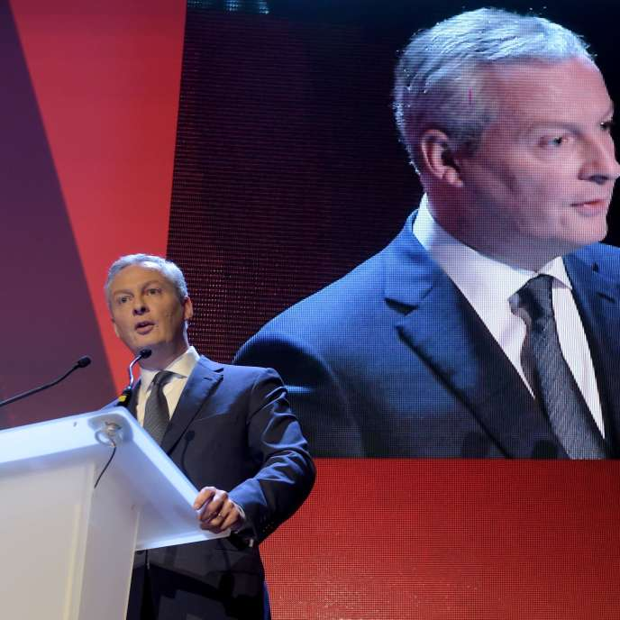 """""""It is not because the activity of the company produces profits that they are enough to provide the meaning of the work that takes place there"""" (Photo: the Minister of the Economy Bruno Le Maire in Paris, the December 6)."""