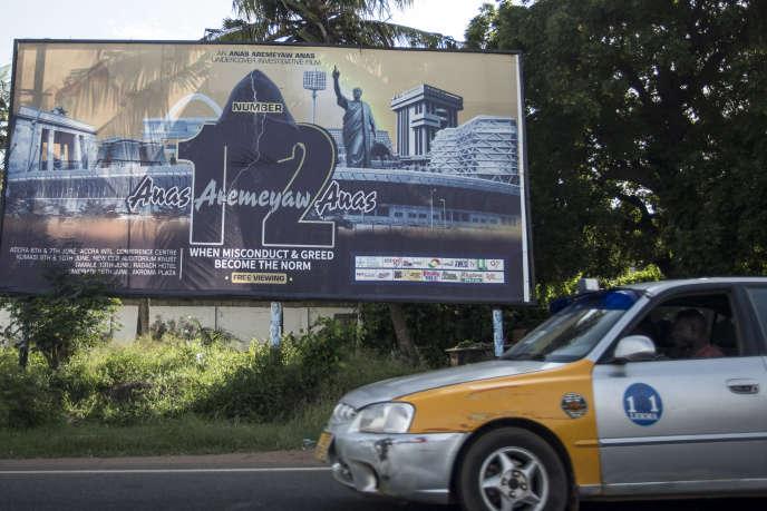 Une poster annoncant la sortie du documentary «Number 12» sur la corruption dans le football africain, Accra, au Ghana, le 10 juin 2018.