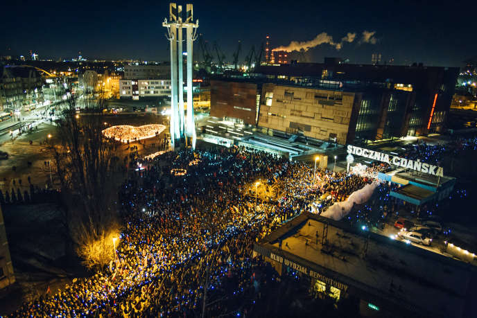 Rally in honor of the mayor of Gdansk, Pawel Adamowicz, on January 18.