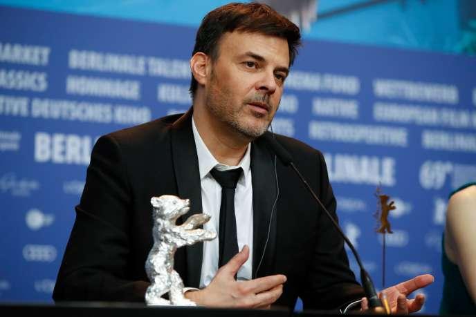 François Ozon lors d'une conférence de presse à la Berlinale, où le réalisateur a été récompensé pour « Grâce à dieu»,le 16 février 2019.