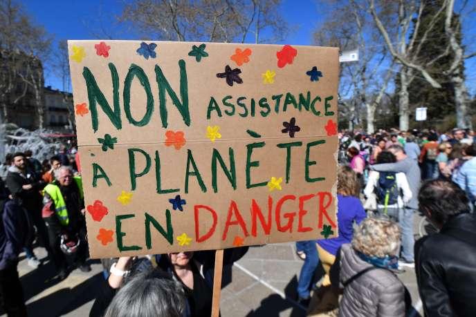 Des manifestants pour le climat à Montpellier, le 16 mars 2019.