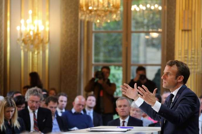 Emmanuel Macron, lors de sa conférence de presse à l'Elysée, le 25 avril.