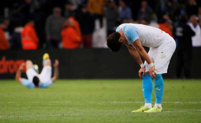 Les joueurs marseillais accusent le coup après leur défaite 2-1 au Vélodrome contre Nantes le dimanche 28 avril.