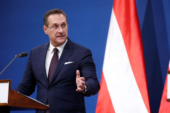Austrian Vice Chancellor Heinz-Christian Strache at a press conference in Budapest (Hungary) on 6 May.