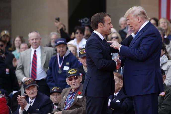 Emmanuel Macron et Donald Trump pendant la commémoration du débarquement allié du 6juin1944, enNormandie, le6juin2019.