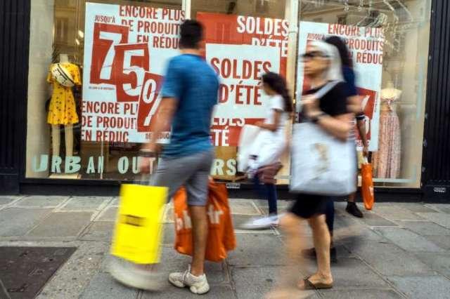 Les soldes à Paris, le 11 juillet.