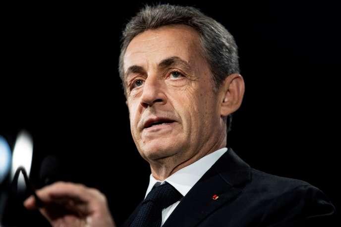 Ex presidente francés Nicolas Sarkozy, 21 de junio en París.