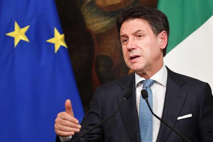 Il presidente del Consiglio dei ministri italiano, Giuseppe Conte, Roma, 26 novembre.