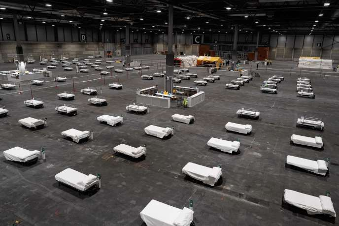One of the pavilions of the Madrid exhibition center filled with beds ready to welcome infected patients on March 21.