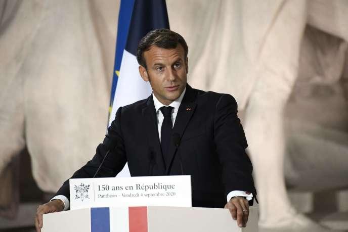 Le président français Emmanuel Macron lors d'un discours au Panthéon pour célébrer les 150 ans de la République, vendredi 4 septembre.