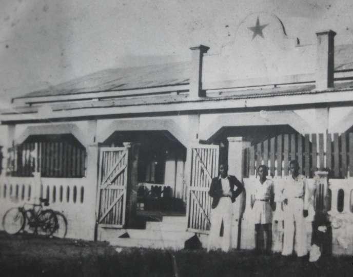 Le bar-dancing L'Etoile du sud à sa création, à Abidjan, en 1930.