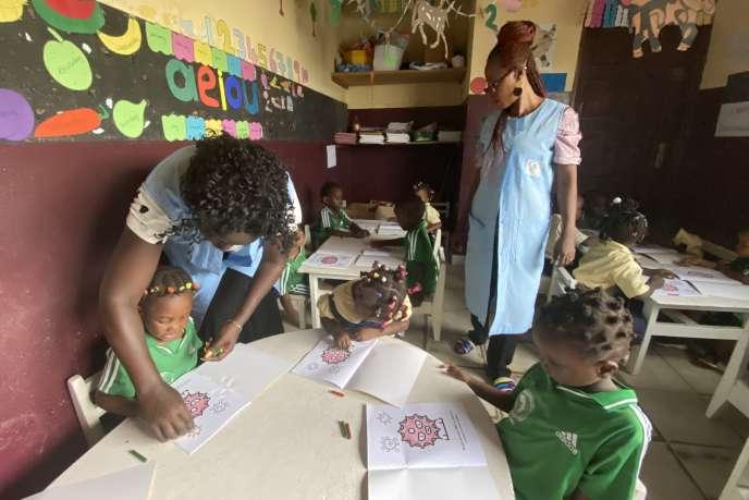 Maternelle du groupe scolaire Le Globe, àDouala au Cameroun, fin novembre 2020.