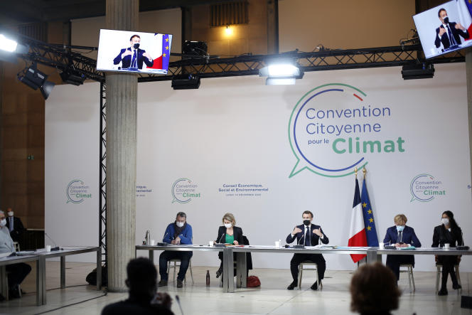 Emmanuel Macron during a meeting with the 150 citizens of the climate convention, in Paris, December 14, 2020.