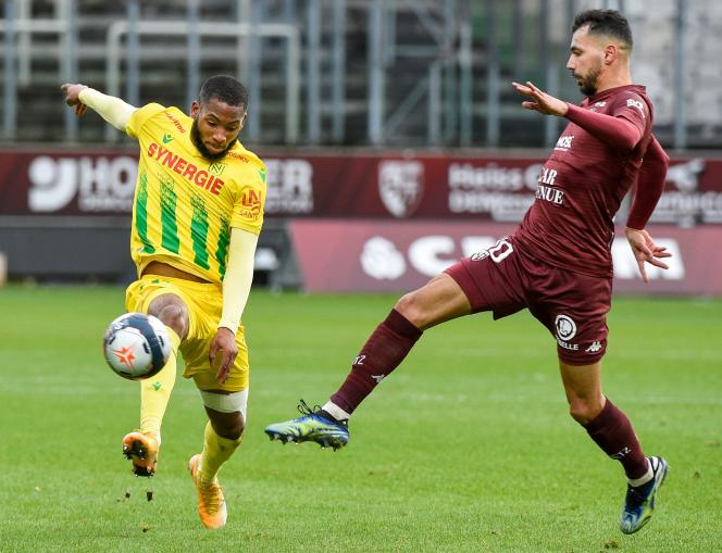 Farid Boulaya, right, scored Metz's second goal against Nantes.