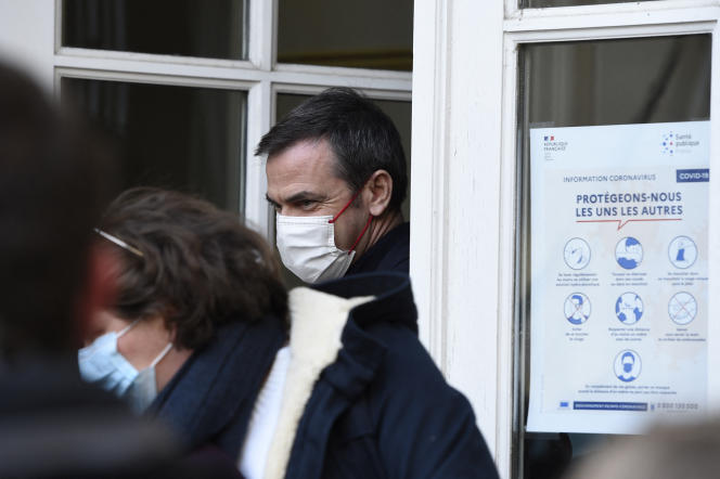 The Minister of Health, Olivier Véran, in the courtyard of the Moselle prefecture, in Metz, on February 12, 2021.