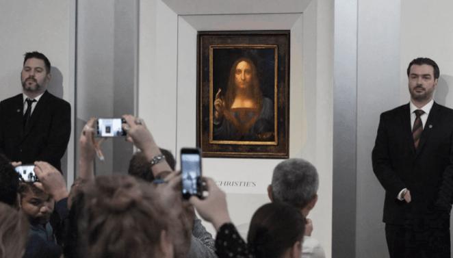 Le tableau attribué à Léonard de Vinci,«Salvator Mundi», lors de la vente aux enchères, en novembre 2017, chezChristie's, à New York.