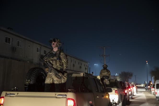 Lors d'une visite de l'ancien président américain, DonaldTrump, aux troupes de la base de Bagram en Afghanistan, en novembre 2019.
