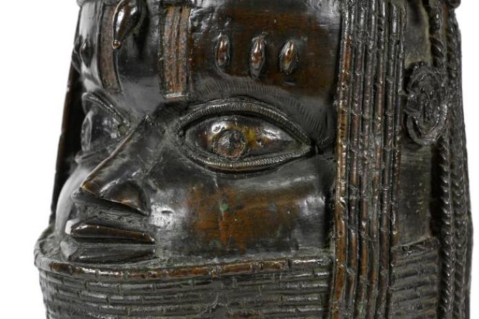 Une sculpture en bronze représentant un« oba» (roi) du royaune du Bénin (actuel sud-ouest du Nigeria), acquise par l'universitéd'Aberdeen, en Ecosse, lors d'une vente aux enchères en 1957.