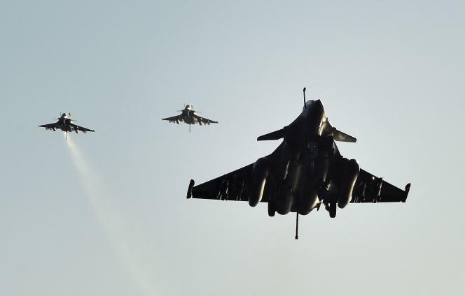 La vente des Rafale à l'Egypte confirme le succès tardif à l'exportation de l'avion de combat français.