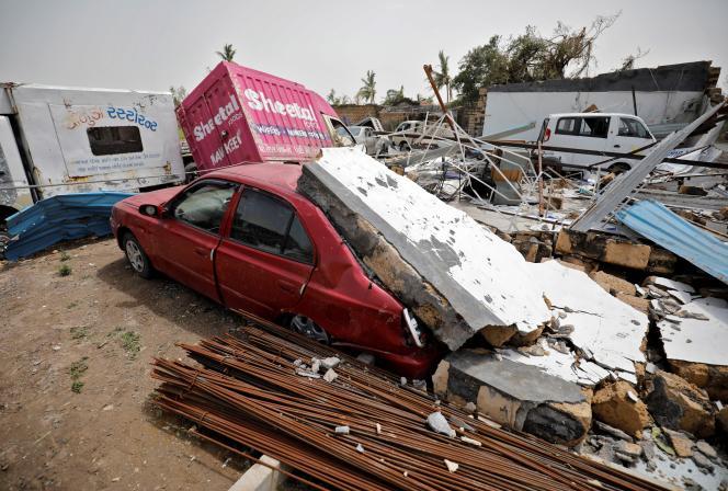 A Una, dans le Gujarat, après le passage du cyclone Tauktae, le 19 mai 2021.