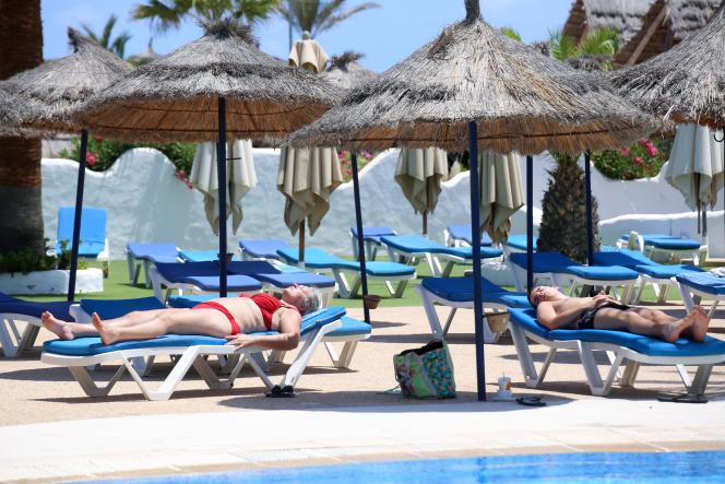 Autrefois florissant, le secteur tunisien du tourisme a beaucoup souffert de la crise sanitaire, comme ici à l'île de Djerba, en juillet 2020.