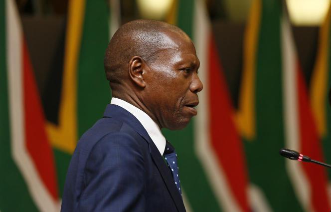 Le ministre sud-africain de la santé, Zweli Mkhize, à Pretoria, en mars 2020.