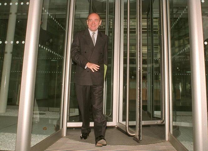 Jean Guéguinou, à Londres, en novembre 1997.