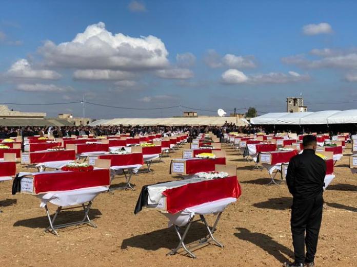 Cérémonie organisée à l'occasionduretour des dépouilles des victimes Yezedi à Kocho (Irak), en février 2021.