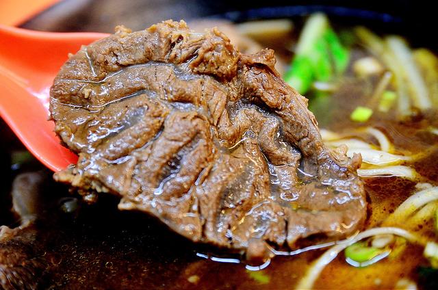 [桃園市]精彩100涮涮鍋‧牛肉麵~自豪的台灣黃牛肉