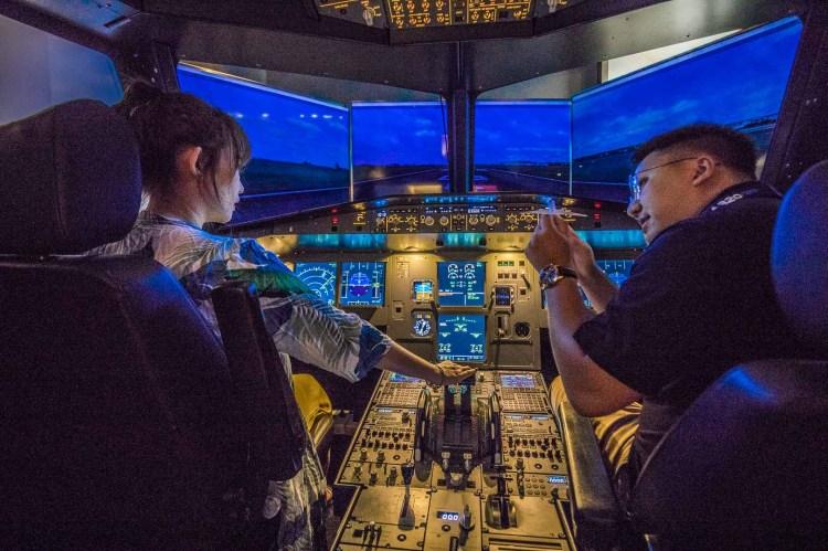 iPILOT模擬飛行體驗/來當一日機長,圓一次翱翔天際的夢想!超酷的沉浸式飛行模擬體驗!