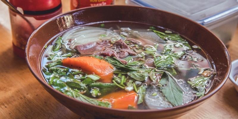 [屏東美食]越式美瑜小舖/隱身市場在地人才知道的越南料理,恆春人的私藏美食!