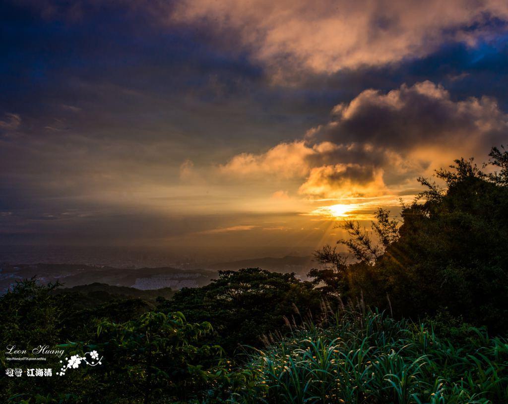 新北夕陽點推薦》大棟山405高地 – 夕照+夜景(大台北,大桃園&林口)