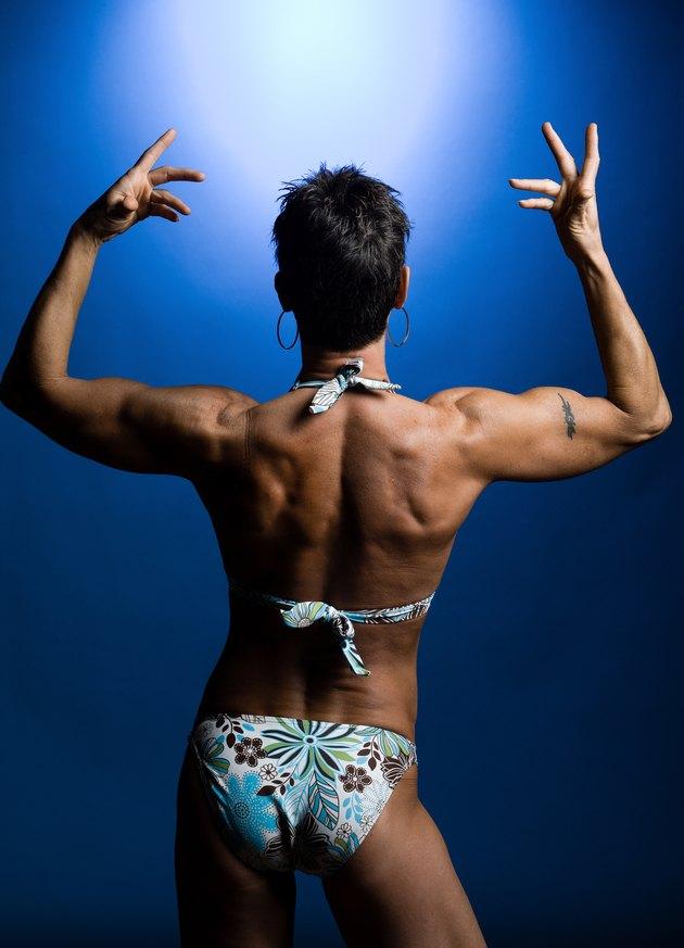 What Dumbbell Exercises For Women Make Your Back Smaller