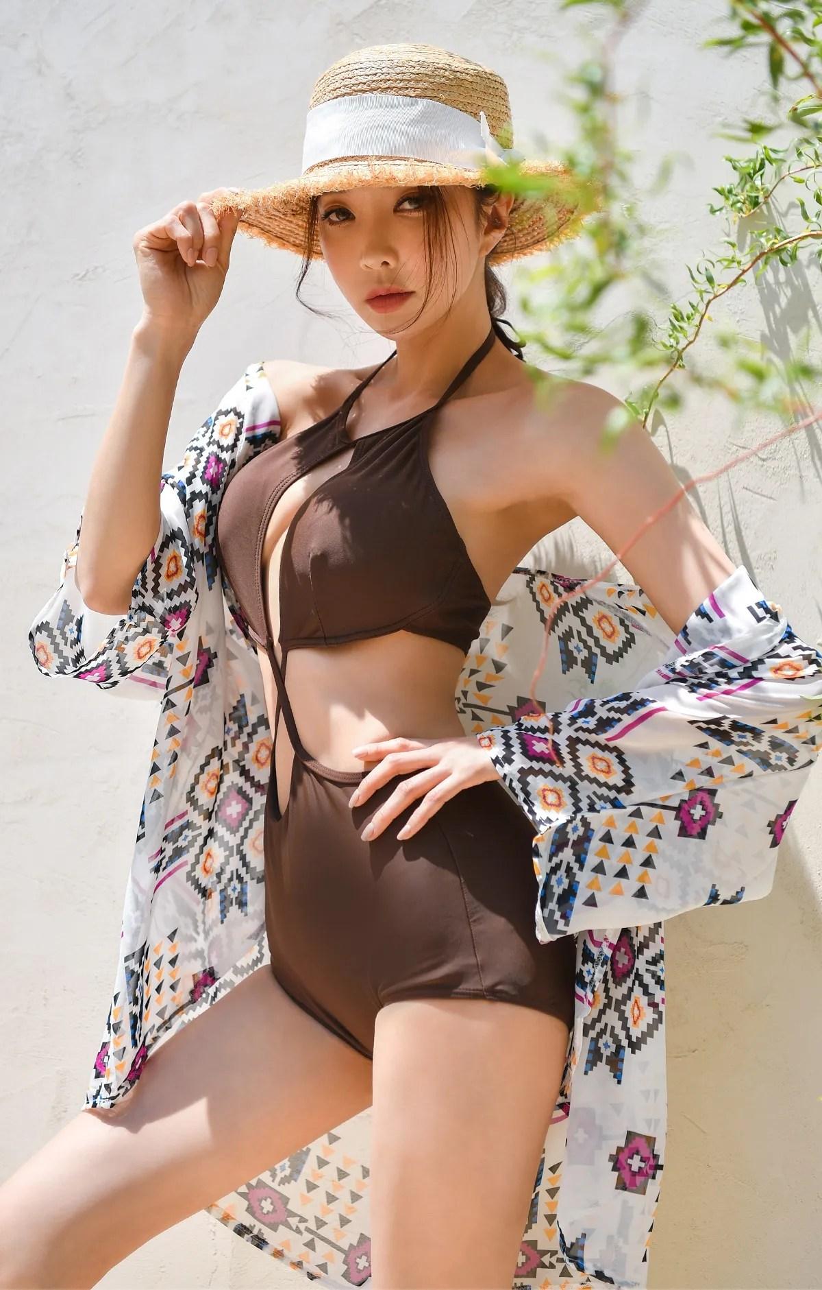 Park Suyeon / vendis / May 2021 / Sundress & Monokini Photoshoot Part 3